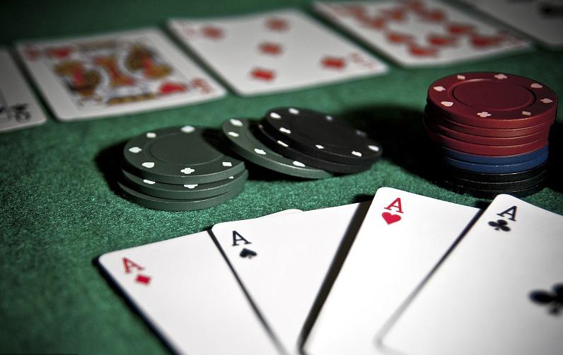无限注德州扑克技巧—压迫策略