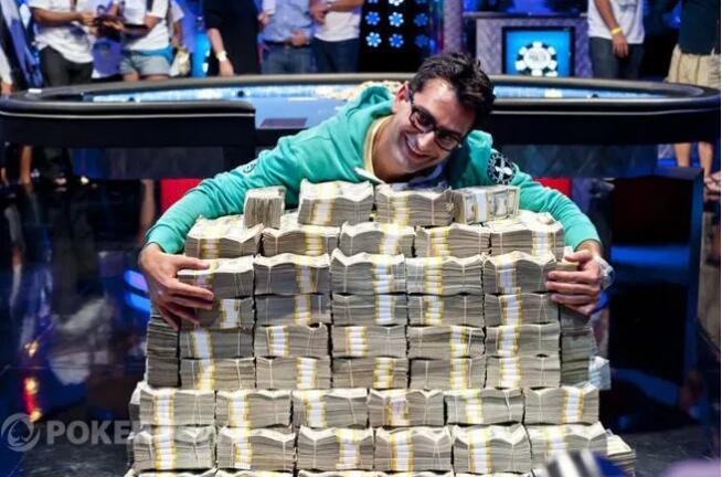 WSOP的这一天,魔术师Antonio Esfandiari赢下千万奖金!