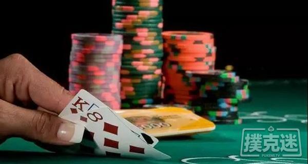 德州扑克不管你是坚果还是诈唬,都下同一个注码