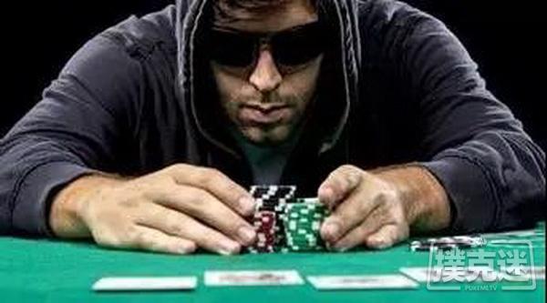德州扑克游戏中Bluff前你必须考虑的六大要素