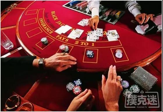 德州扑克中上下挥动筹码就算过牌
