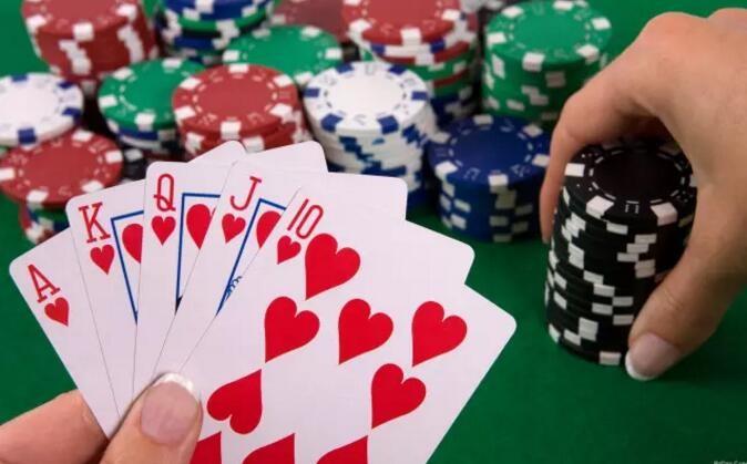 """大量""""机器人""""入侵,50家扑克网站被赢走大约350万"""