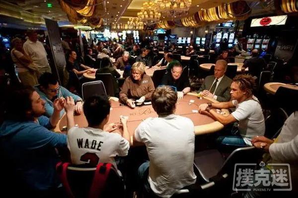 碰到跟注站玩家该如何做-德州扑克技巧