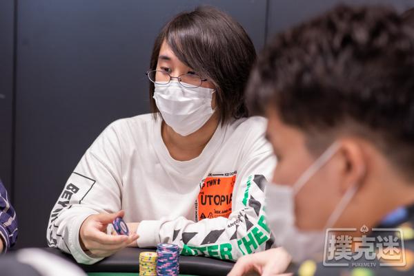 WPT日本丨主赛事再破纪录!203名选手晋级DAY2