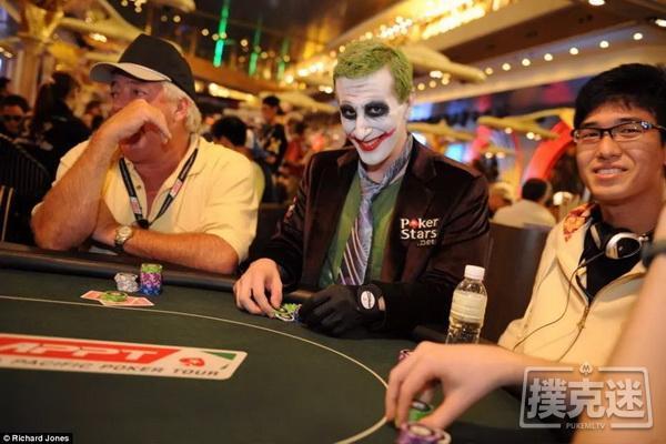 德州扑克到底是个什么游戏?