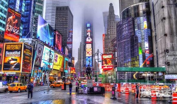 纽约娱乐场工人举行集会向州长施压要求重新开放娱乐场