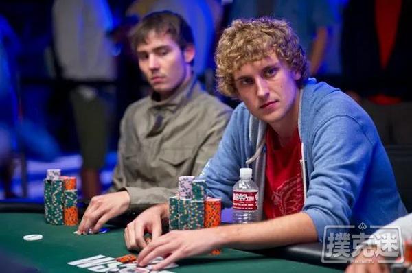 德州扑克中如何对付你左边的强势玩家