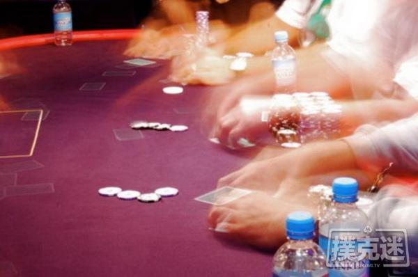 德州扑克中应对straddle的三个重要技巧