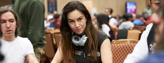 话题   扑克界的职业玩家学历究竟有多高呢?