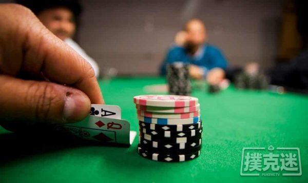 德州扑克中四个帮助你赢得更多筹码的短筹码技巧