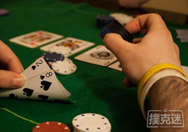 德州扑克为什么扑克新手应该运用诈唬?