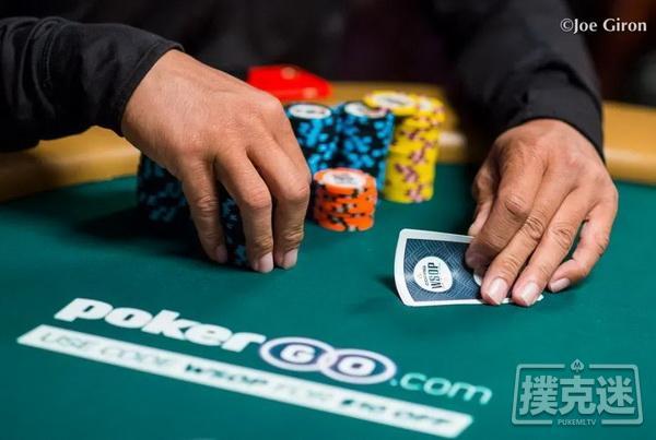 线下德州扑克策略|泄露你手牌的3个方式