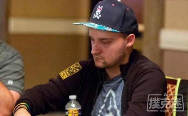 德州扑克对翻前加注者领先下注