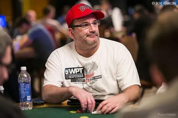 Mike Matusow下注一万美元赌大丹牛击败Doug Polk!