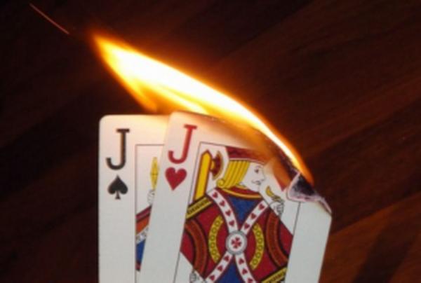 德州扑克大神Jonathan Little谈扑克:错失价值的高对