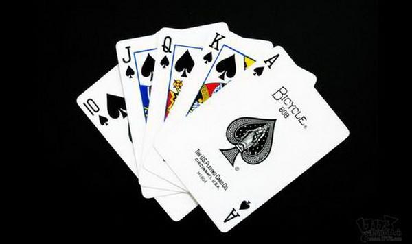 德州扑克公共牌结构的三个特征&与公共牌结构有关的术语