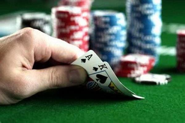 德州扑克加注&再加注的四种特殊情况