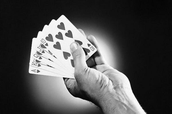 德州扑克中打了很久的牌都没成绩怎么办?