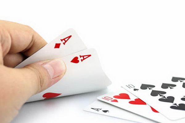 德州扑克最适合翻牌圈加注的场合