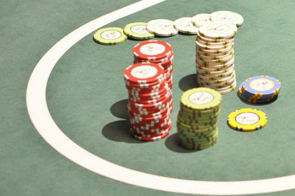 德州扑克没成牌的情况下怎么办?