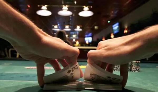 德州扑克一些低劣的锦标赛建议