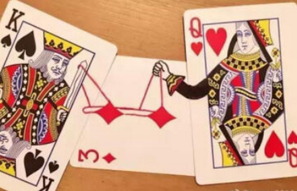 德州扑克AQs,翻牌圈击中顶对,对手全压,怎么办?