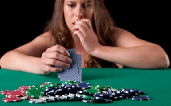 德州扑克降级的5个常见错误(以及5种纠正方法)