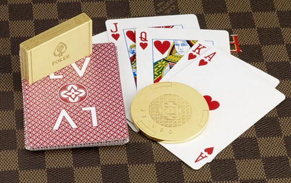 德州扑克中了强牌就要打价值