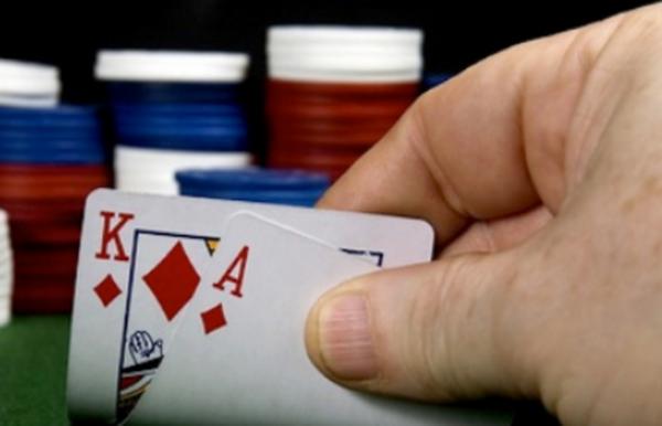 征服低注德州扑克的六个小贴士