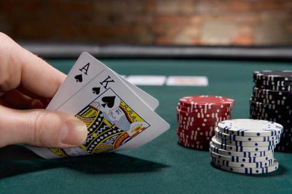 德州扑克牌手与桌面形象(上)
