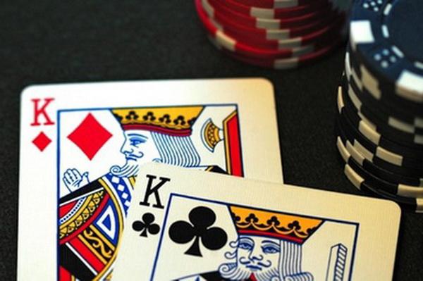 德州扑克我拿KK从来就没赢过!
