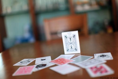 德州扑克河牌圈的check是不是太紧弱了?