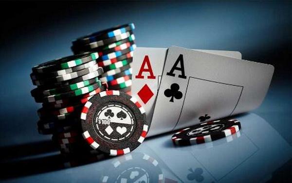 德州扑克中的决策并非对与错那么简单(上)