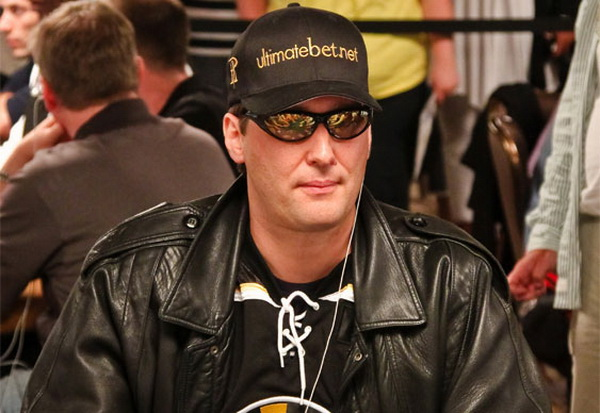 德州扑克四招教你练就一张扑克脸