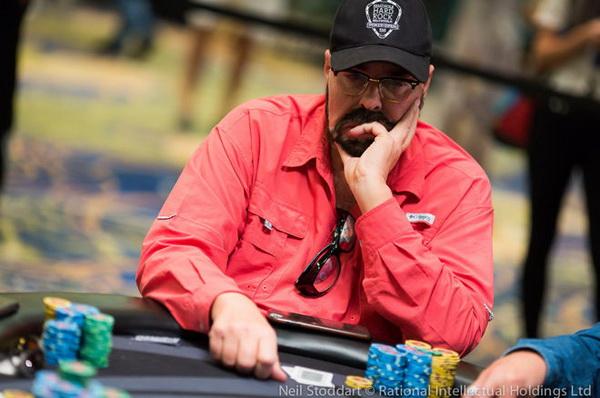 德州扑克放手一搏还是弃牌?
