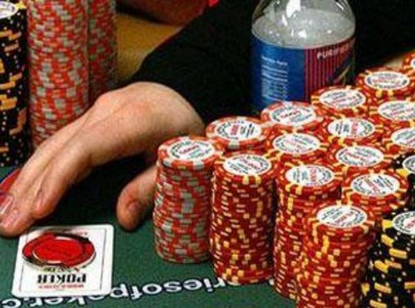 成为一名好德州扑克牌手!