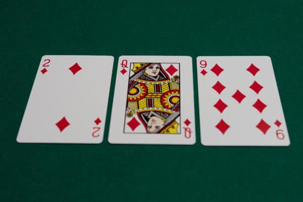 德州扑克翻牌中了天同花,什么时候该慢玩?