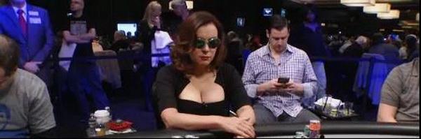 德州扑克T8诈唬撞上钢板,手握葫芦为啥没打出最大价值