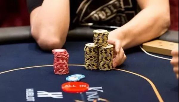 10个德州扑克玩家里10个德州扑克玩家里,只有1个真懂驴式下注,其他都是瞎打