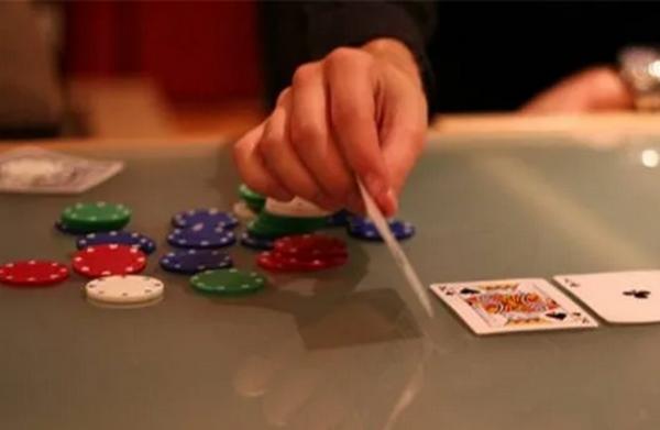 德州扑克基础知识 - 转向CBET